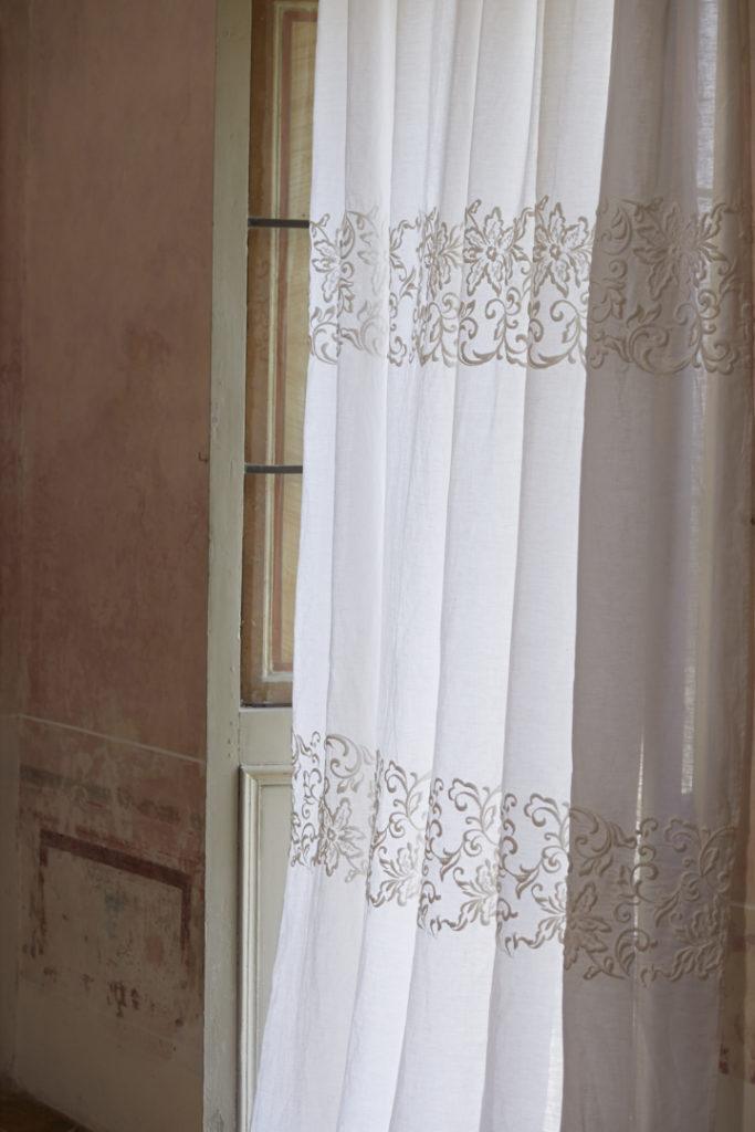 Modelli Di Tende Classiche.Tende Interne Casa Della Tenda Ravenna